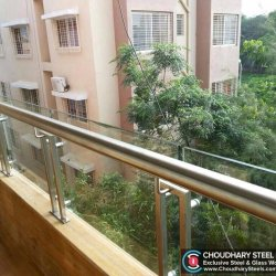 Modern Steel and Glass Railing Choudhary Steel Nashik (3)